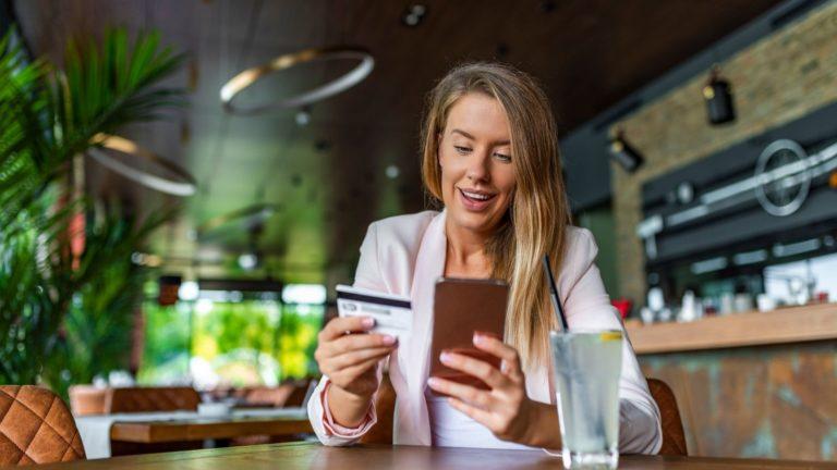 6 tips για διαδικτυακές πωλήσεις τα Χριστούγεννα 2020